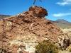 Springen op vulkanisch gesteente.