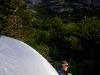 Camperen doe je op de meest spectaculaire plekken, zoals hier onder de bergen genaamd ´Cuernos´, ofwel hoornen.