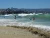 Het nabijgelegen Viña del Mar kan voor zwemmers een riskante golfslag hebben