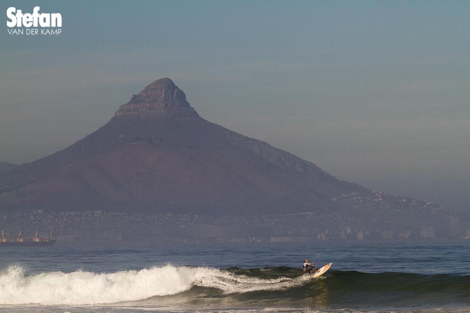 Kevin Langeree onder de Tafelberg